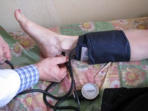 Измерение лодыжечно-плечевого индекса